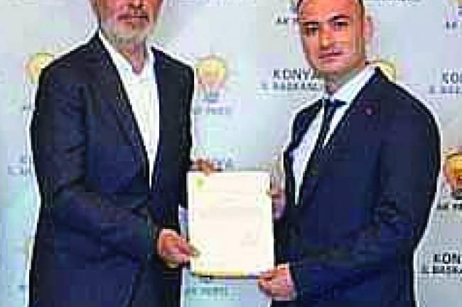 Ak Parti İlçe Başkanı Recep Elkin, İlçe Yönetim Kurulunu Açıkladı