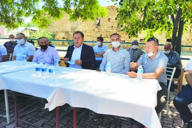 Yangın nedeniyle Kaymakam Özdemir'den Sadıkhacı'ya ziyaret