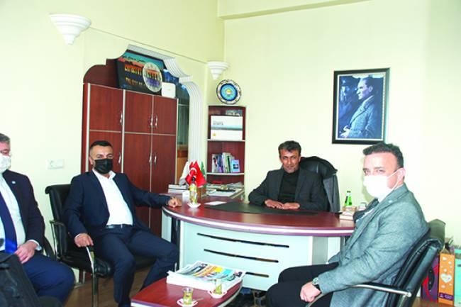 İYİ Parti il ve ilçe Başkanlarından Gazetemize Ziyaret