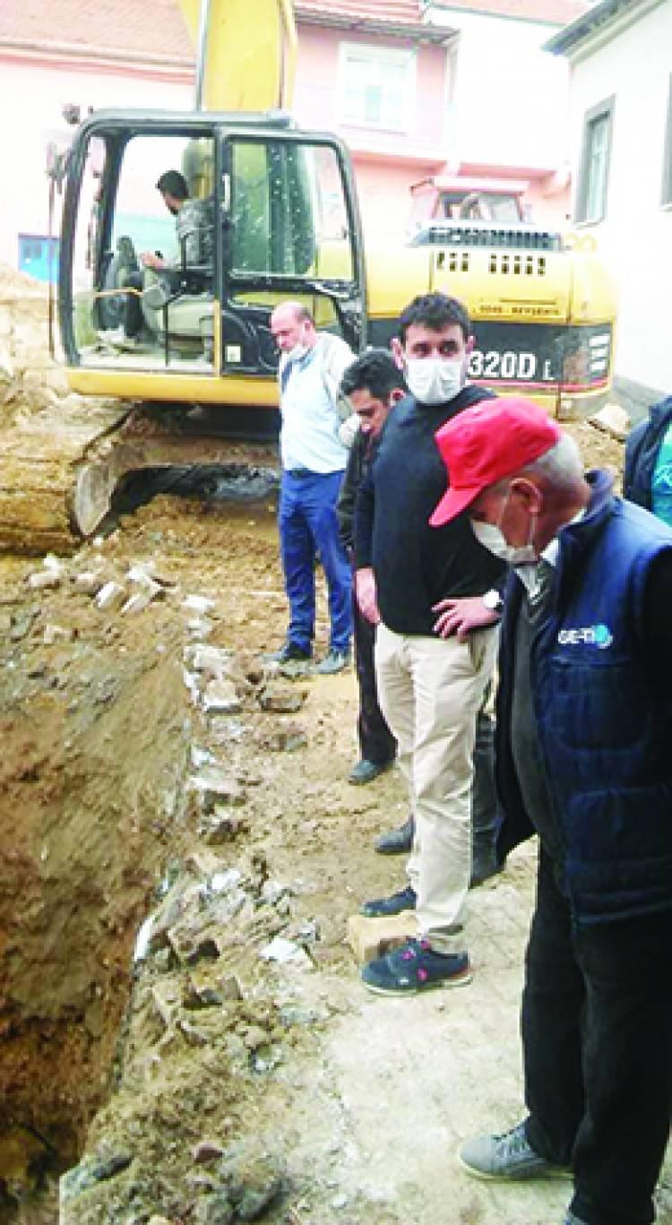 Başkan Çiğdem, Hüyük'teki mahalle çeşmelerine de el attı