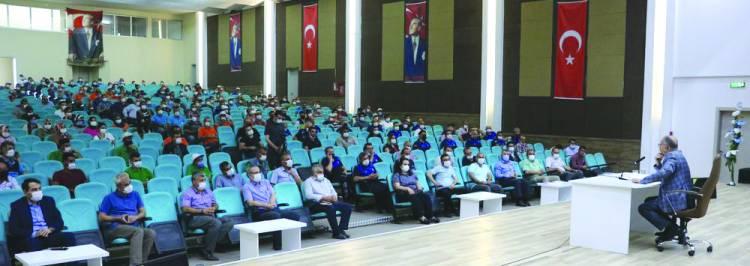 Belediye personeli ile bir araya gelen Başkan Bayındır, 'ALLAH, MİLLET GÖRÜR DİYECEĞİZ'
